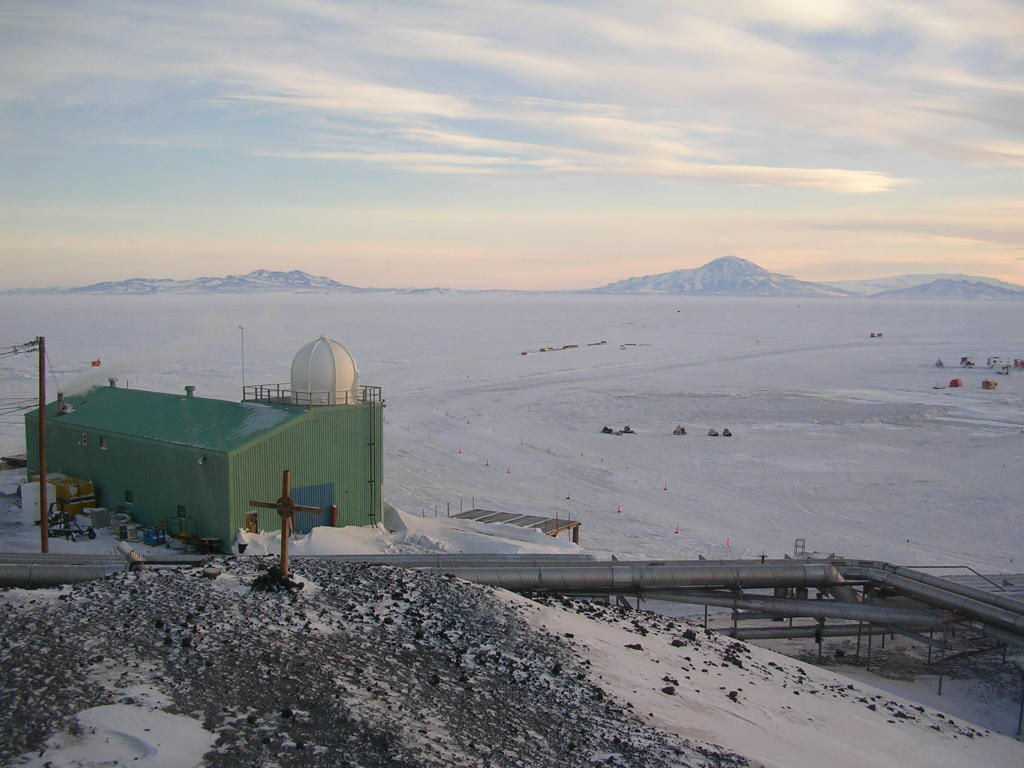 view of the southern horizon from McMurdo